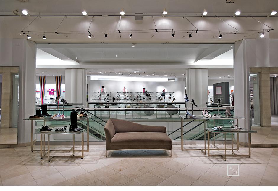 Le paradis de la chaussure chez holt renfrewle blogue de for Salon de la chaussure