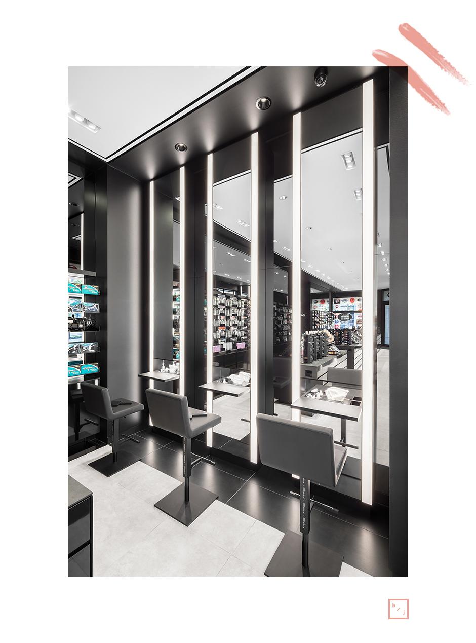 Mac cosmetics ouvre une boutique phare montr alle blogue - La cuisine de julie france 3 ...